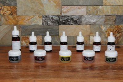 Masker og olier, der bruges til ansigtszoneterapi. Lene Kryger, Naturli' Behandling Næstved.
