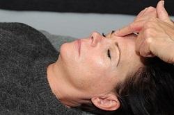 Zoneterapi i ansigtet hos Lene Kryger. Naturli-behandling.dk